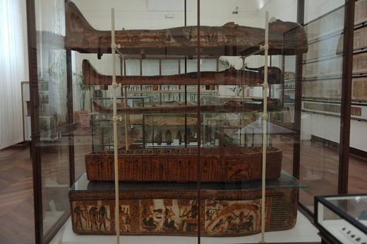 Stock Photo: 3153-613430 europe, italy, piedmont, turin, museo egizio, sarcophagus