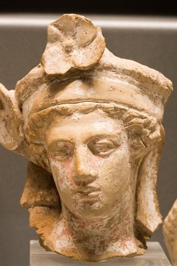 Stock Photo: 3153-613620 europe, italy, tuscany, siena, santa maria della scala, archaeological museum, etruscan museum, chigi zondadari collection, clay little heads