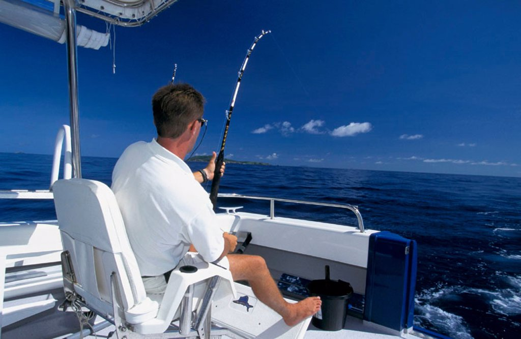 Stock Photo: 3153-614865 deep-sea fishing