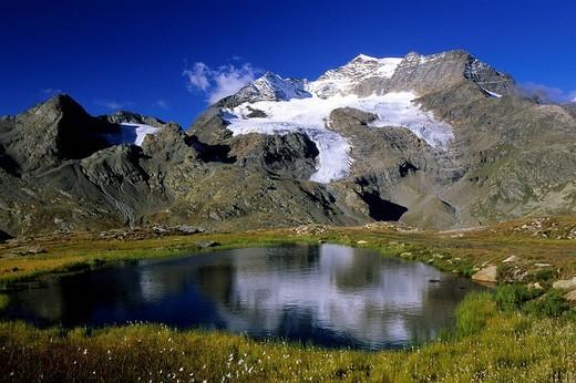 europe, switzerland, grigioni, rahetian alps, bernina group, piz cambrena : Stock Photo