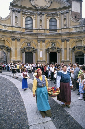 Stock Photo: 3153-624590 italy, lombardia, vigevano, palio of the contradas