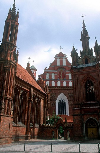 europe, lithuania, vilnius, saint anna and bernardini church : Stock Photo
