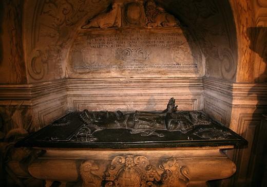 Stock Photo: 3153-625953 malta, valletta, st.john cathedral, tomb of jean de la vallette-parisot