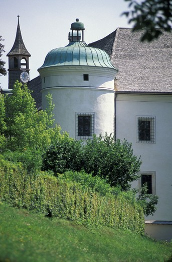 Stock Photo: 3153-626101 xivth century castle, tratzberg, austria