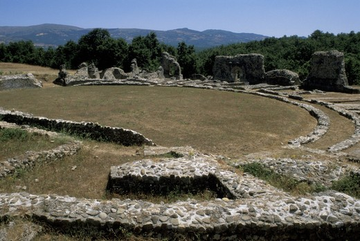 Stock Photo: 3153-626202 grumentum ruins/amphitheatre, grumento nova, italy