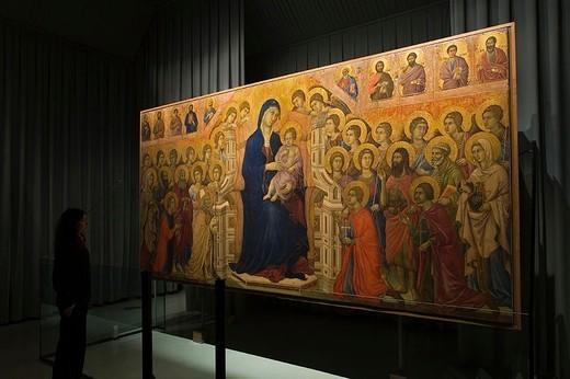 europe, italy, tuscany, siena, museum opera metropolitana, show-room dedicated to duccio di buoninsegna, majesty by duccio di buoninsegna : Stock Photo