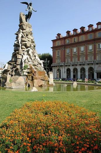 Stock Photo: 3153-631233 fountain, piazza statuto, torino, piedmont, italy