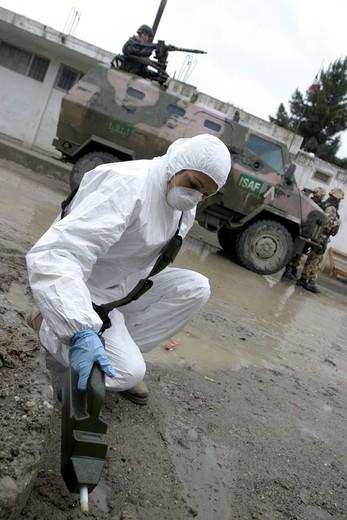 Stock Photo: 3153-638351 afghanistan, kabul, patrolling  streets