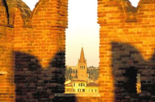italy, veneto, verona, castelvecchio, belltower of sant´anastasia church : Stock Photo