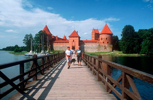 Stock Photo: 3153-646263 europe, lithuania, trakai, galvè lake, castle