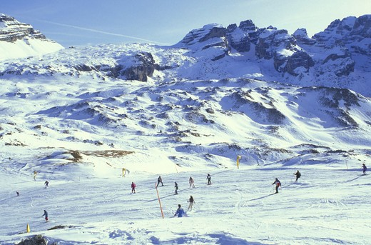 skiing slopes on spinale mountain, madonna di campiglio, italy : Stock Photo