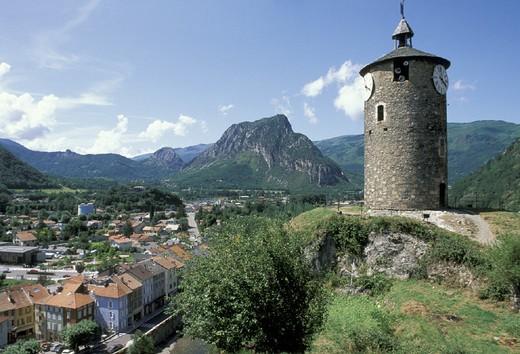 Stock Photo: 3153-655507 village view, tarascon, france
