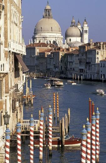 Stock Photo: 3153-657453 italy, veneto, venice, canal grande, santa maria della salute church