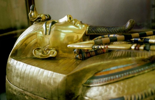 Stock Photo: 3153-658092 sarcophagus of tutankhamon, cairo, egypt