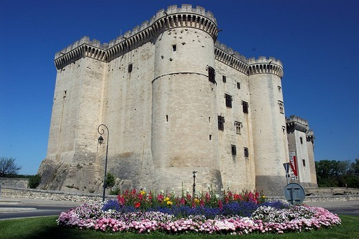 Stock Photo: 3153-658289 europe, france, tarascon, medieval castle