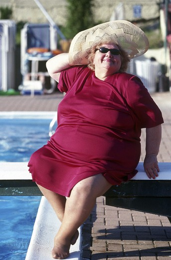 Stock Photo: 3153-668926 fat woman outdoors