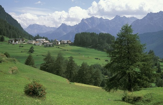 bos cha village, guarda, switzerland : Stock Photo