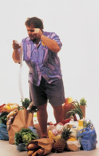 Stock Photo: 3153-680386 man, doing the shopping