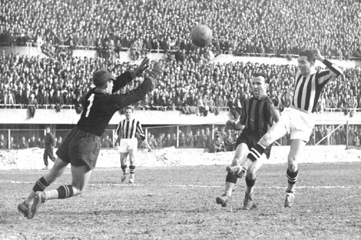 Stock Photo: 3153-683194 italy,soccer game, juve inter, 1946