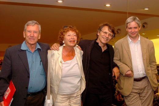 Stock Photo: 3153-685983 inge feltrinelli, amos oz, daniel pennac, jonatan coe