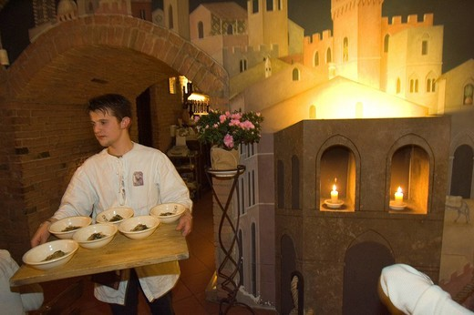 Stock Photo: 3153-687124 europe, italy, siena, gallo nero restaurant, medieval banquet