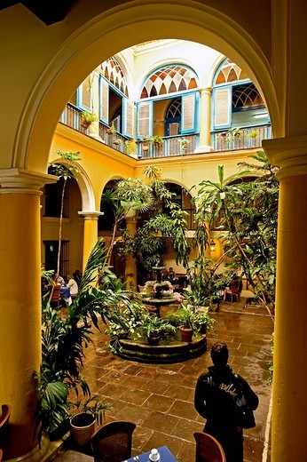 ristorante el patio, l´havana, cuba : Stock Photo
