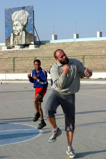 Stock Photo: 3153-697001 afghanistan, the heavyweight boxing european champion paolo vidoz during a training with the afghan national team in the olympic stadium of kabul