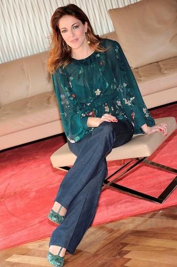 claudia gerini, milano 2009, diverso da chi film presentation : Stock Photo