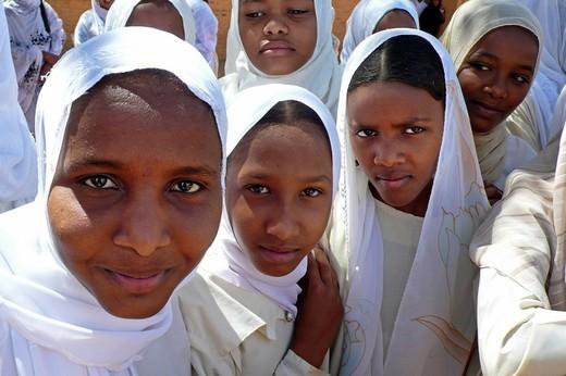 young women, ondurman, nubia, sudan, north africa : Stock Photo