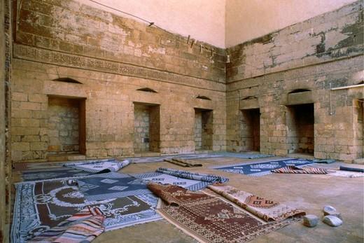 Stock Photo: 3153-702532 syria, The Roman ruins of Palmyra