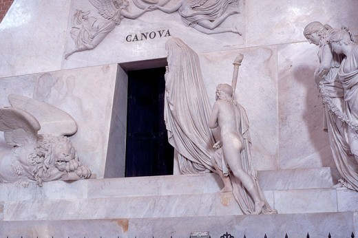 funeral monument to canova, basilica di santa maria gloriosa dei frari, venice, veneto, italy : Stock Photo