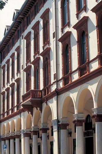 Stock Photo: 3153-704639 italy, piemonte, novara, avenue xx september