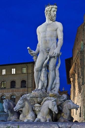 piazza della signoria, fountain of neptune, florence, tuscany, italy : Stock Photo