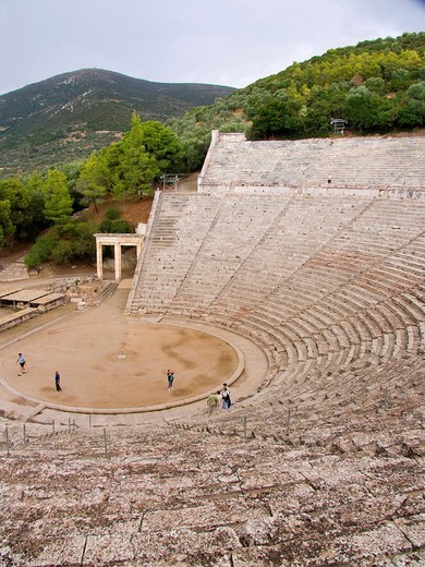 teatro di epidauro, peloponneso, grecia : Stock Photo