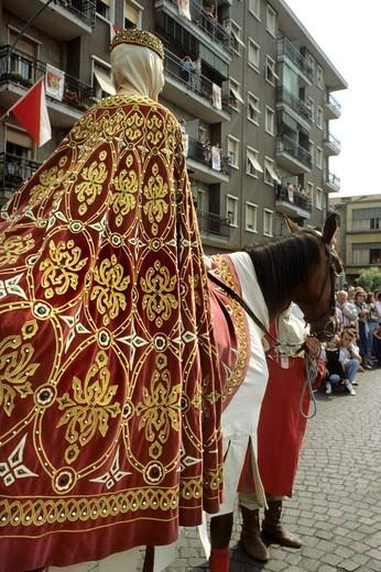 historical parade, sagra del carroccio, legnano, lombardia, italy : Stock Photo