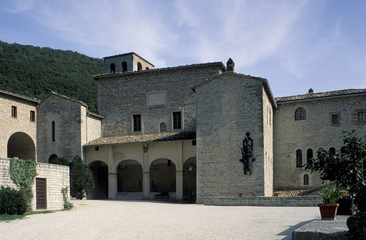 Stock Photo: 3153-723708 cistercian monastery, fonte avellana, italy