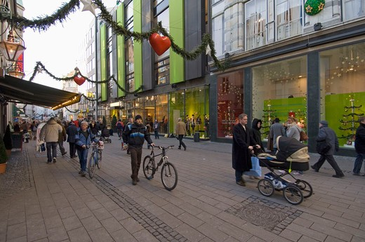 Stock Photo: 3153-726441 denmark, copenhagen, ostergade at christmas