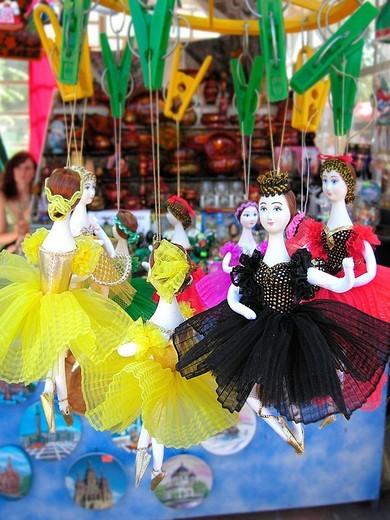 Stock Photo: 3153-727074 souvenirs, saint petersburg, russia