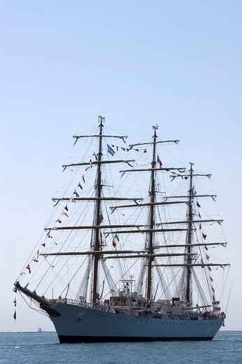 Stock Photo: 3153-730675 europe, italy, liguria, la spezia, libertad sailing ship