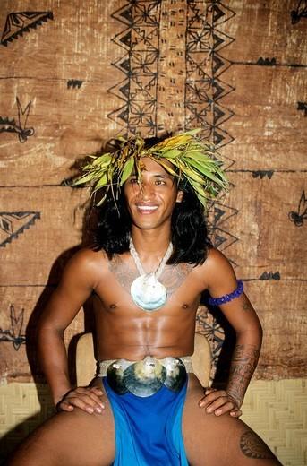 Stock Photo: 3153-740417 french polynesia, moorea, tiki village, a man