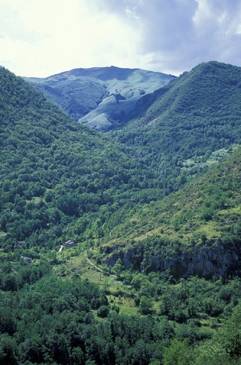 pyrenees, tarascon, france : Stock Photo
