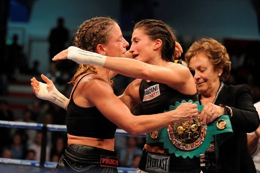 Stock Photo: 3153-748424 simona galssi, stefania bianchini,milano 24_10_2008,world championship WBC women flyweight,photo paolo bona/markanews,