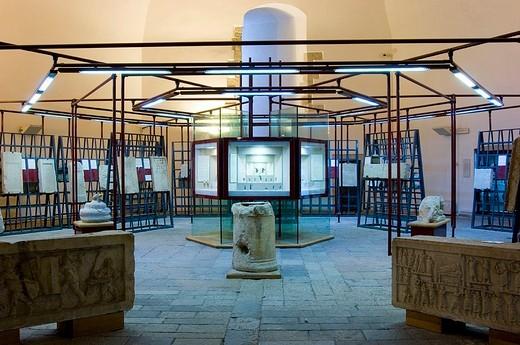 europe, italy, abruzzo, l´aquila, castle, museo nazionale d´abruzzo : Stock Photo