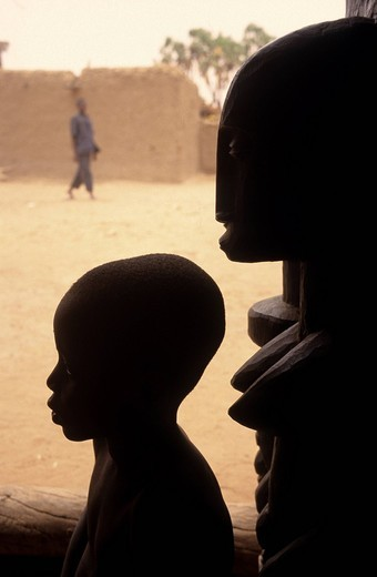 Stock Photo: 3153-754504 little boy, dogon, mali, africa