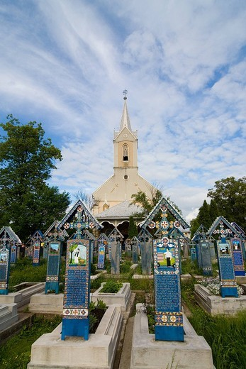 Stock Photo: 3153-757652 europe, romania, maramures, sapanta, merry cemetery