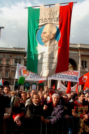italy, milan, liberation day, manifestation : Stock Photo