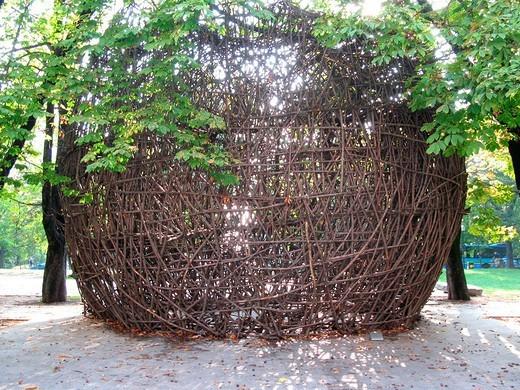 Stock Photo: 3153-769606 europe, italy, lombardia, milan, garden of palazzo dell´arte