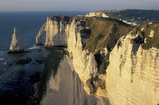 Stock Photo: 3153-774495 falaise d´aval, etretat, france