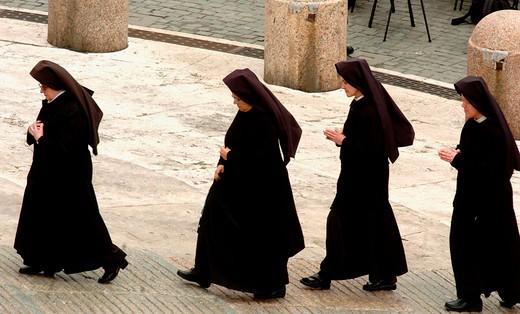 nuns : Stock Photo