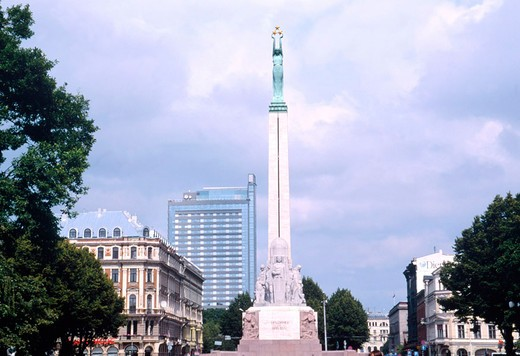 europe, latvia, riga, the freedom monument : Stock Photo